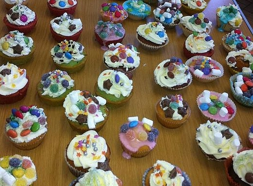 ... decorating and selling fairy cakes. Today ... & Fairy Cake Friday | St Johnu0027s Primary School Sevenoaks